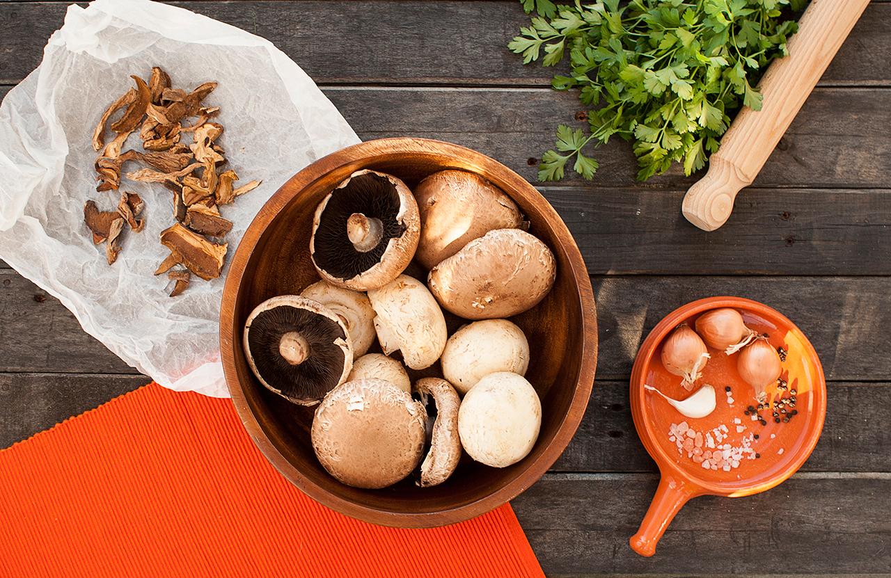 mini calzone z suszonymi grzybami składniki