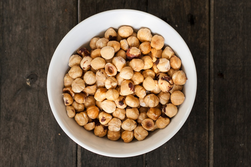 oven roasted hazelnuts
