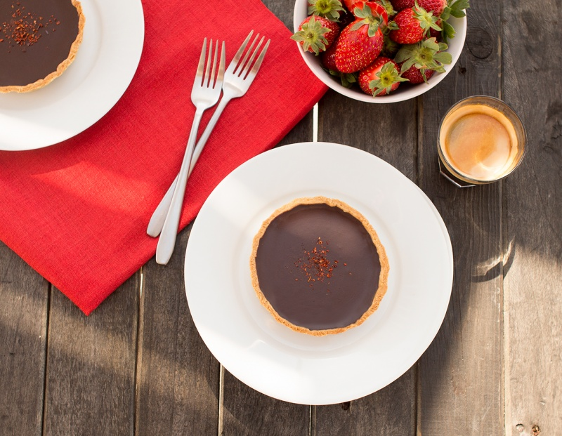 Chilli chocolate tarts with espresso