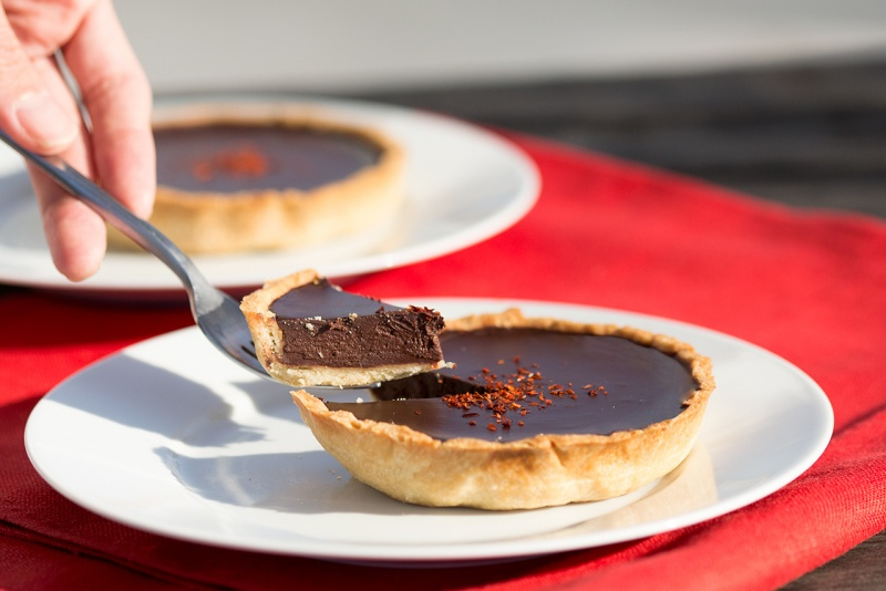 Chilli chocolate tart cross-section