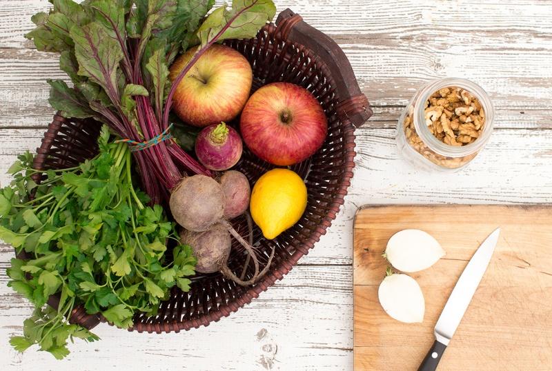 beetroot and apple salad ingredients