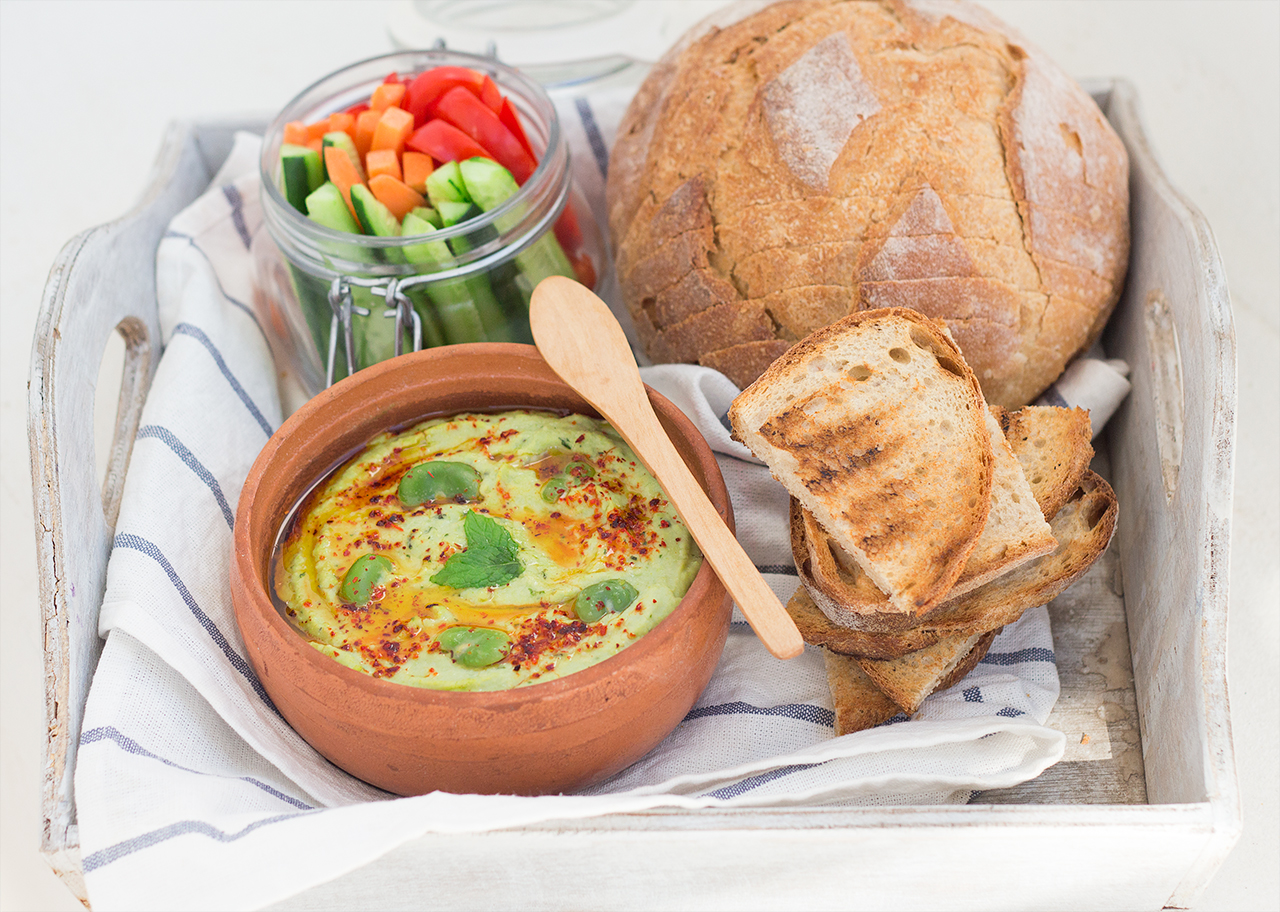 lunch hummus z bobu