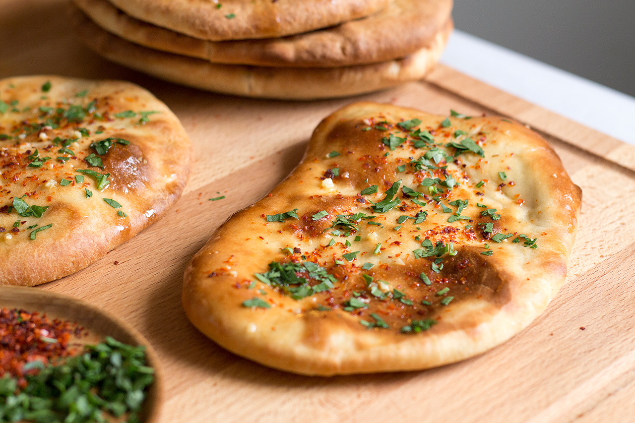 gotowe chleby naan