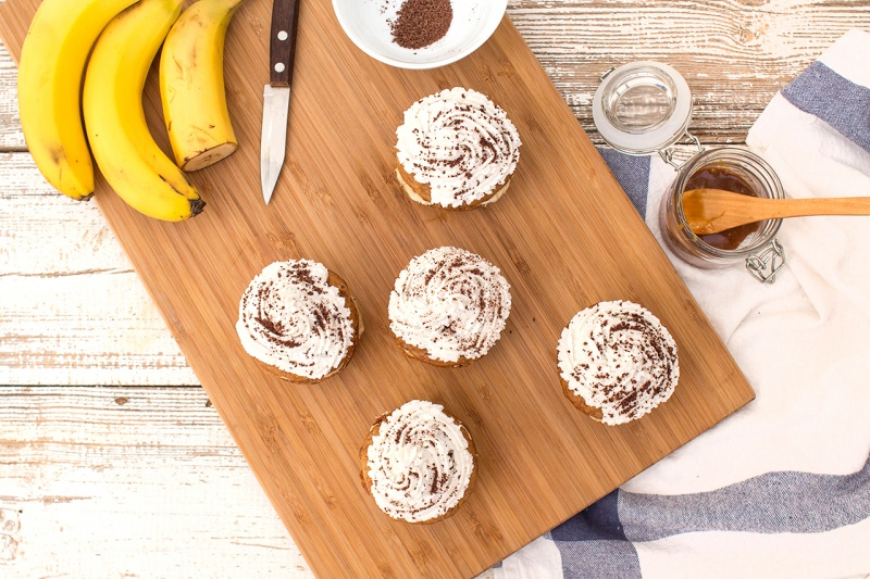 veganbanana coconut cupcakes top down