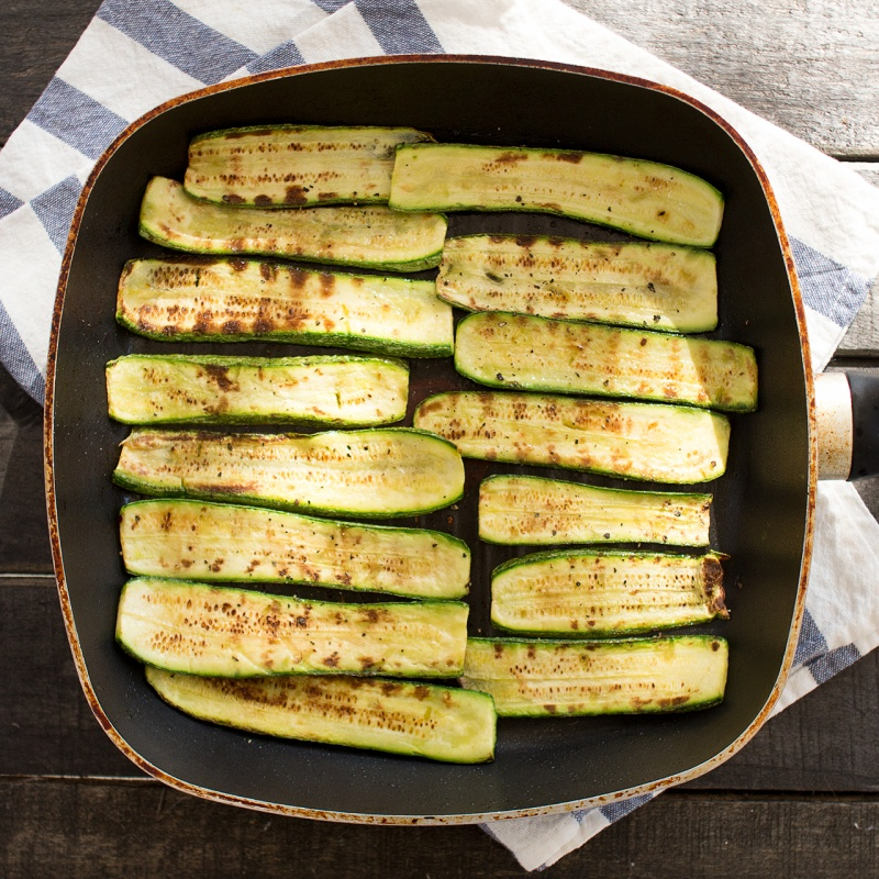 grilling courgettes