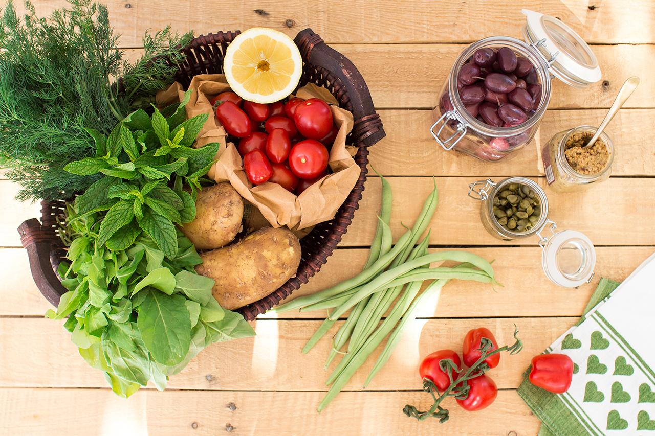 sałatka zainspirowana nicejską składniki