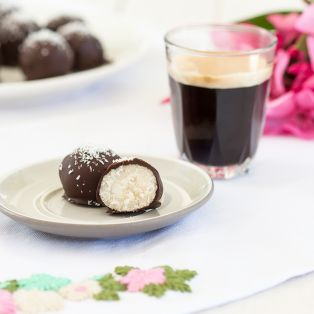 rum coconut truffles cross section