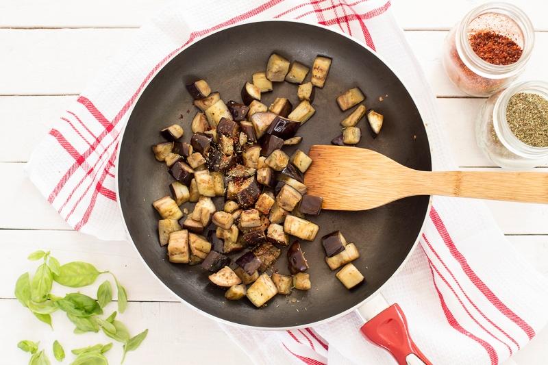 vegan pasta alla norma aubergine