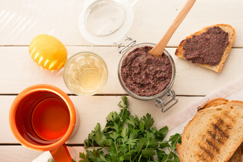 black olive tapenade lunch