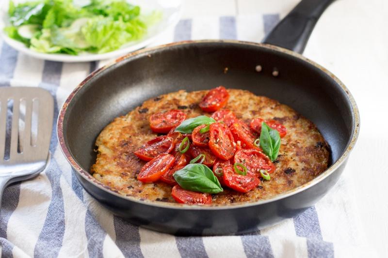 rösti z czosnkowymi pomidorkami