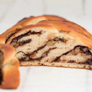 vegan chocolate walnut challah cross section