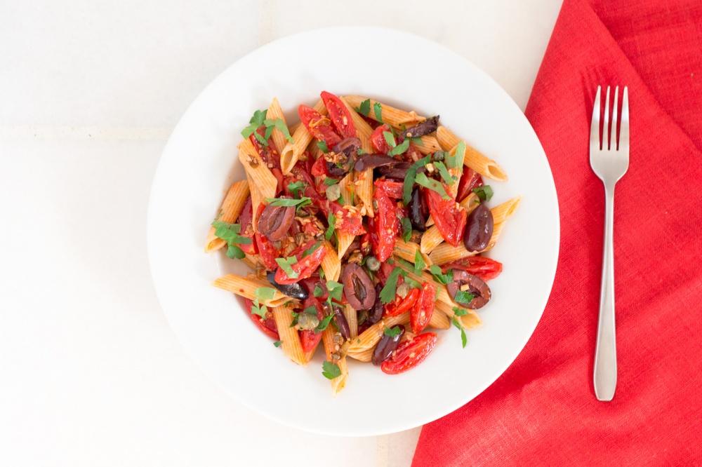 vegan pasta alla puttanesca
