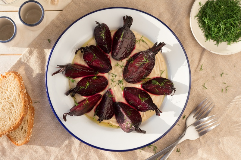 beetroot with Greek skordalia sauce