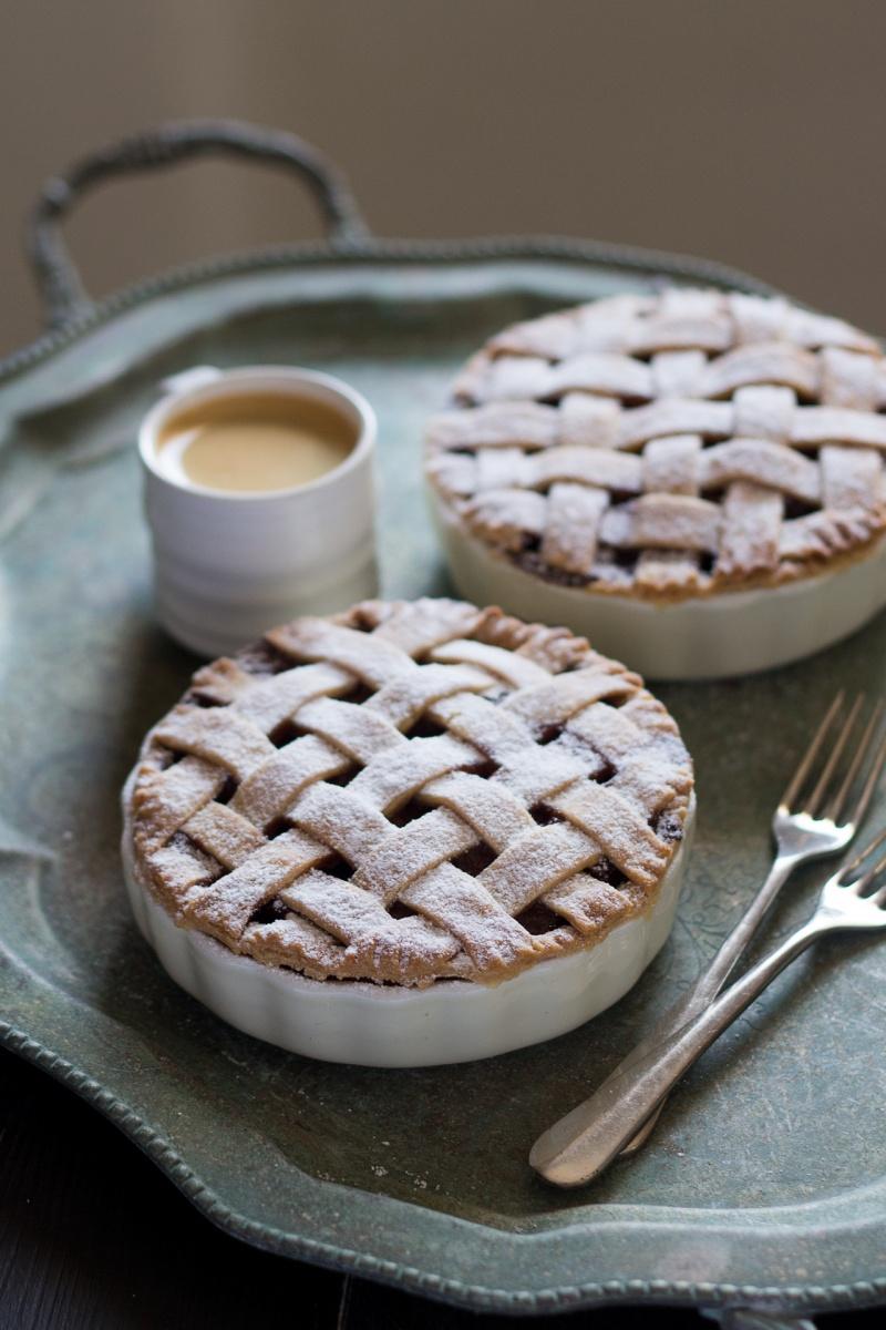lattice apple pie for two