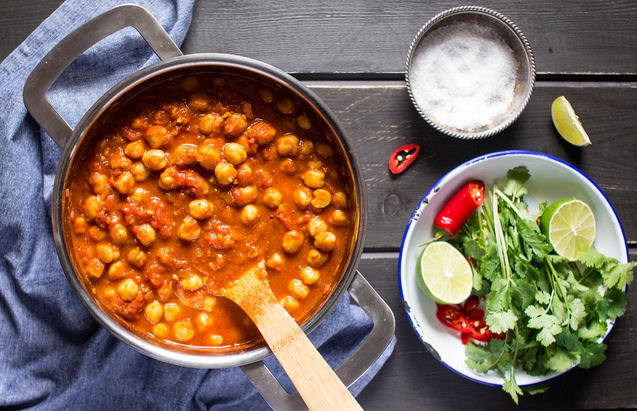 Vegan chana masala - Lazy Cat Kitchen