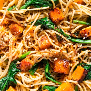pumpkin spinach walnut spaghetti