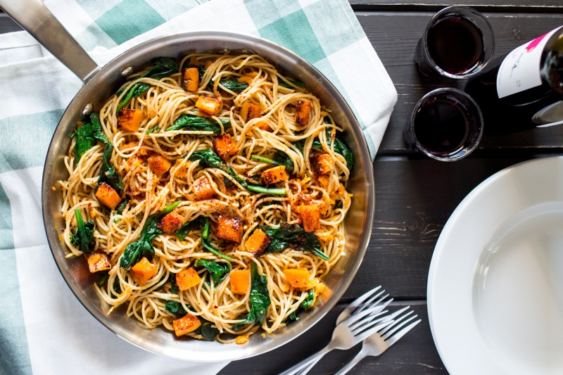 pumpkin spinach walnut spaghetti top down