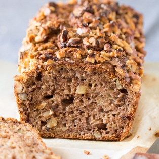 vegan banana bread crosssection