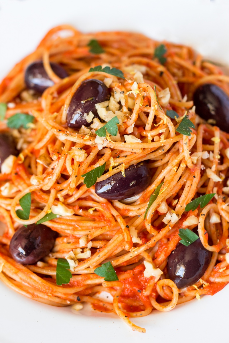 One way to make spaghetti extra nutritious is to add a bunch of veggies like asparagus, green beans, green peas, zucchini, and mushrooms. And once you taste this recipe, you'll want to learn more ways to make tasty Italian food that's good for you.
