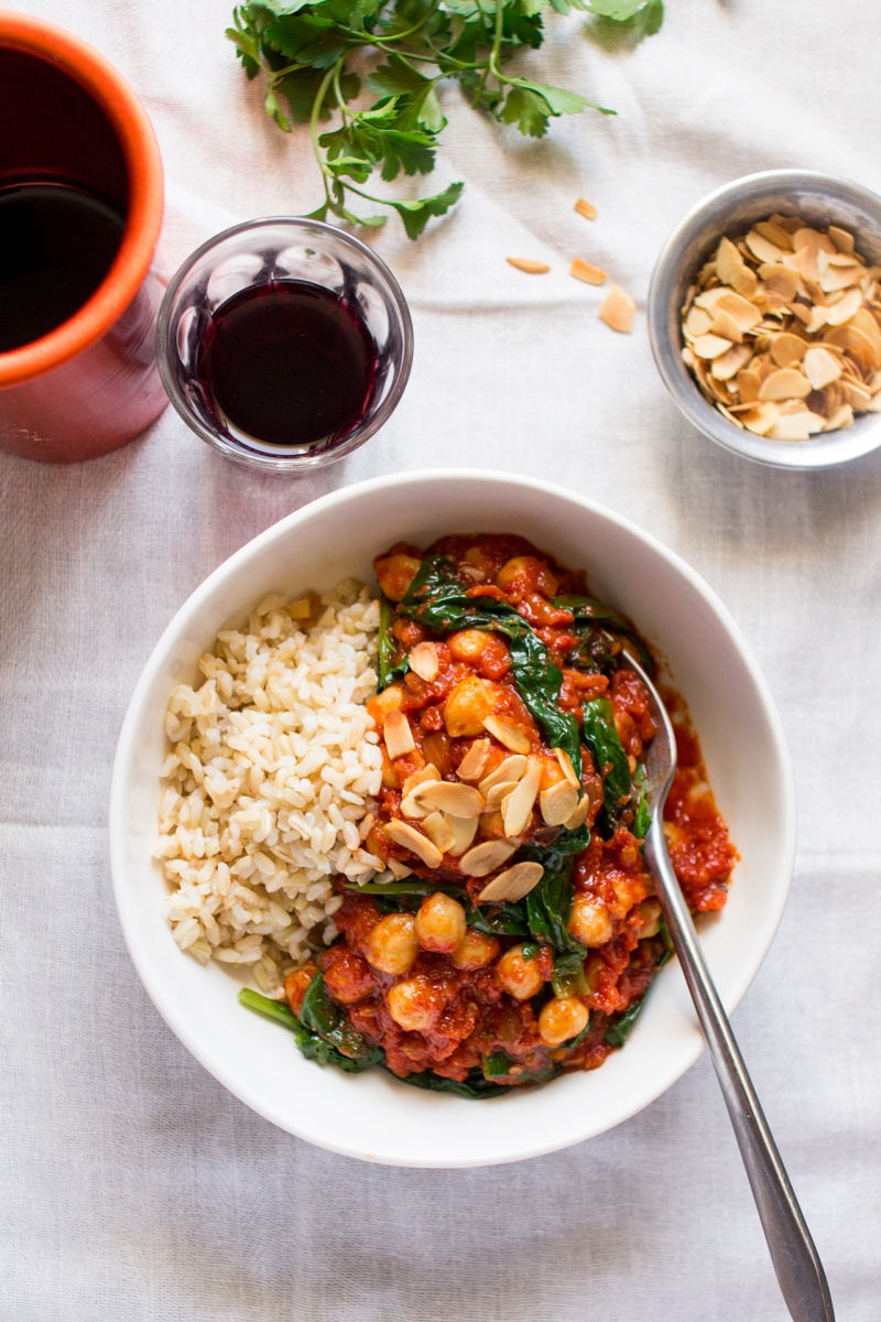 Spanish chickpea and spinach stew lunch