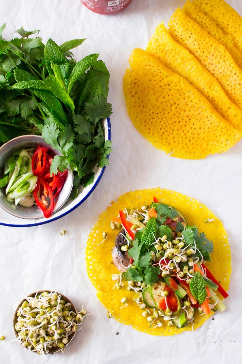 crispy vietnamese pancakes filling