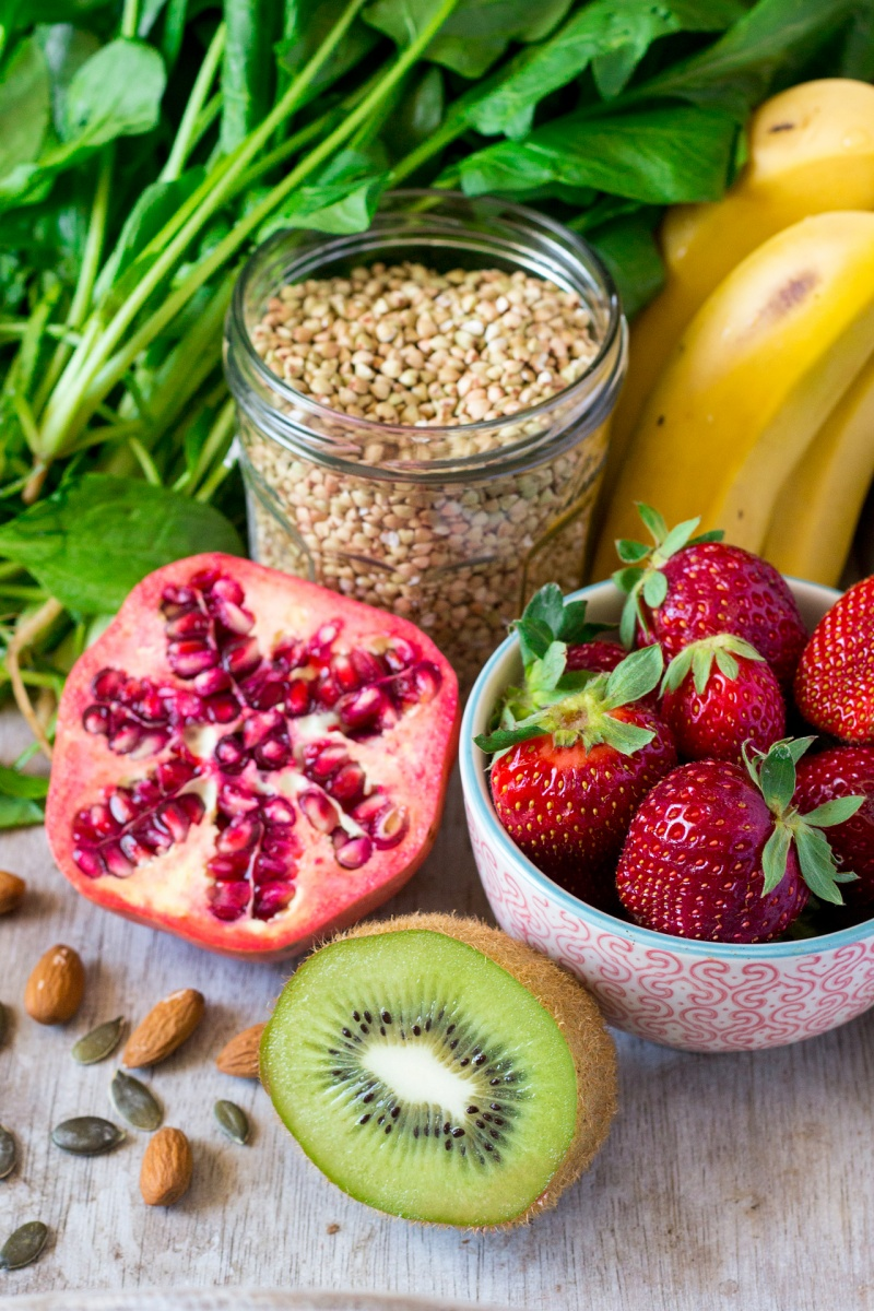 green smoothie bowl ingredients