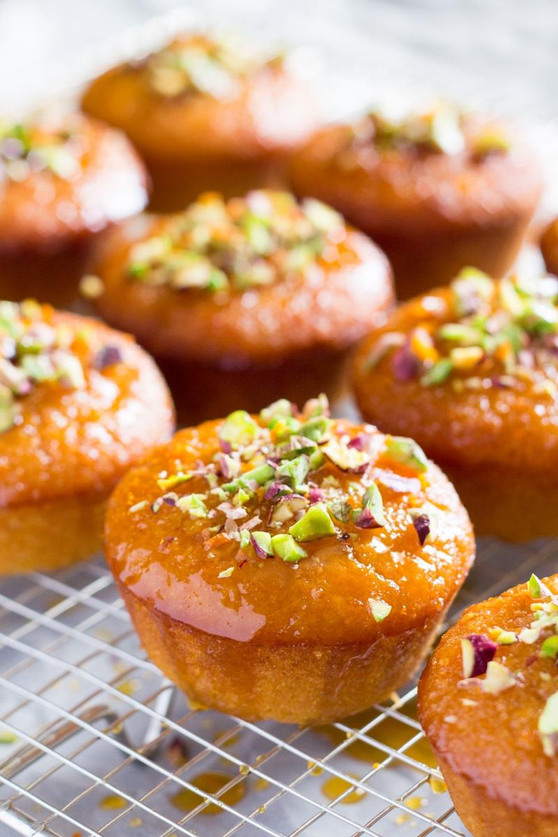 orange semolina cupcakes drying