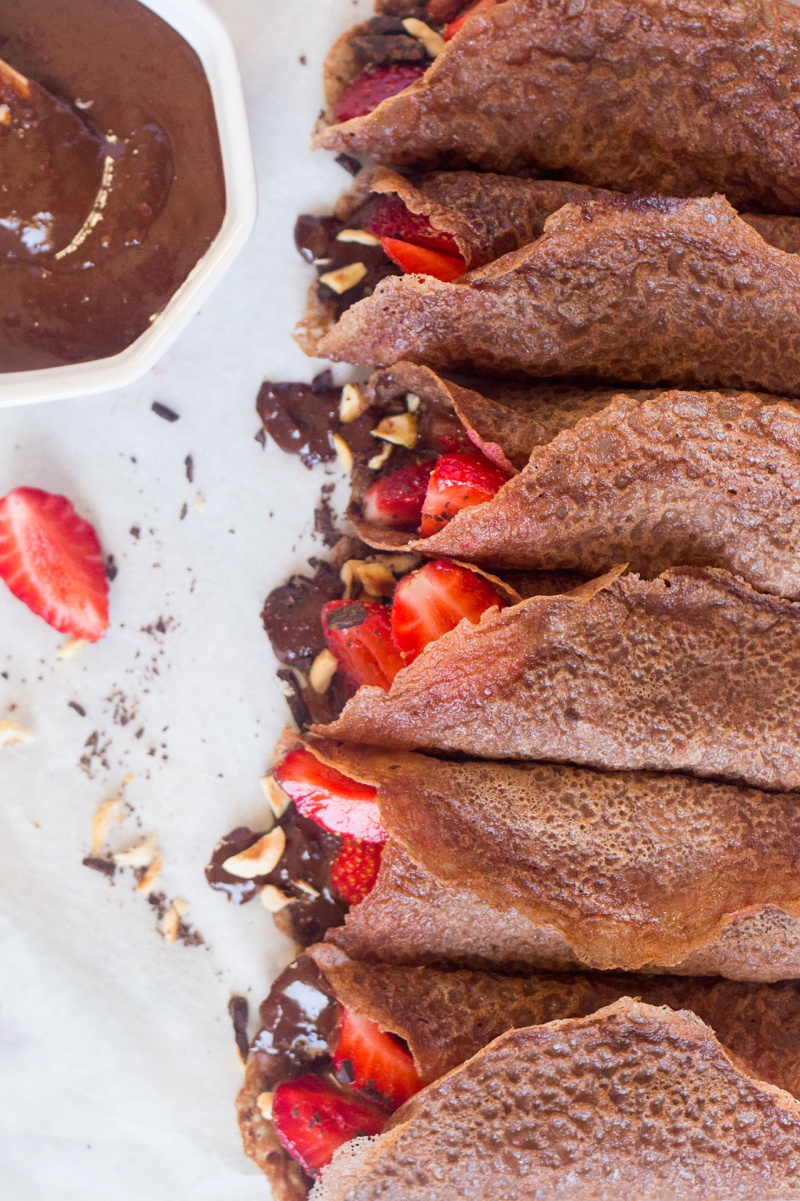 vegan chocolate crepes with hazelnut filling