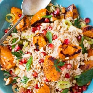 middle eastern cauliflower rice salad close up