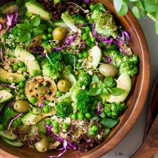 quinoa superfood salad bowl