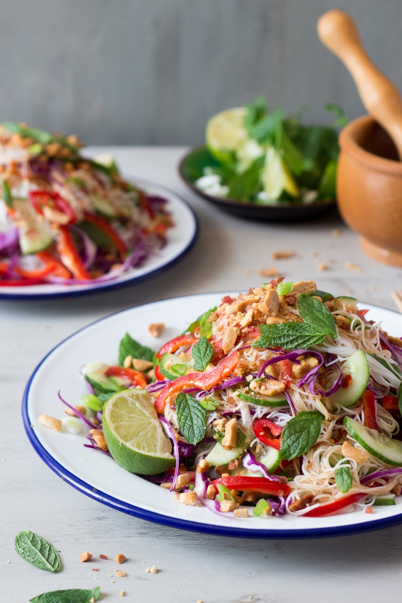 asian vermicelli salad with peanuts