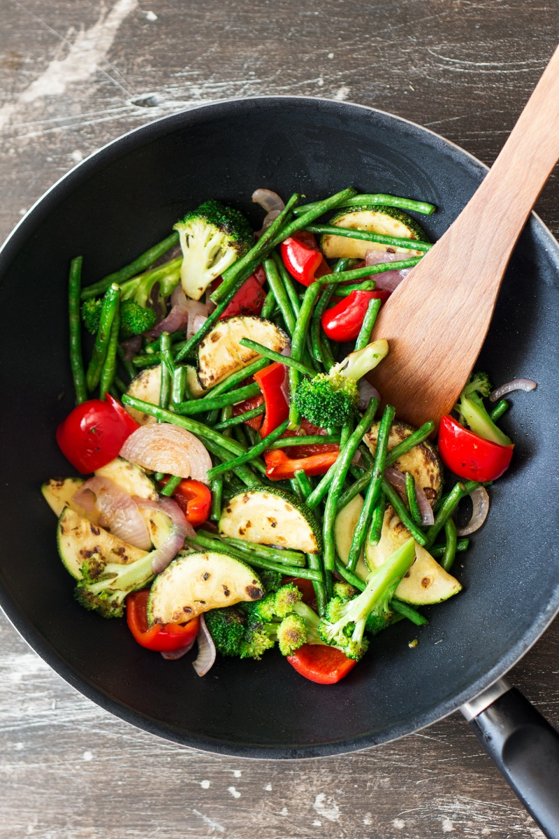yasai chilli men stir-fry