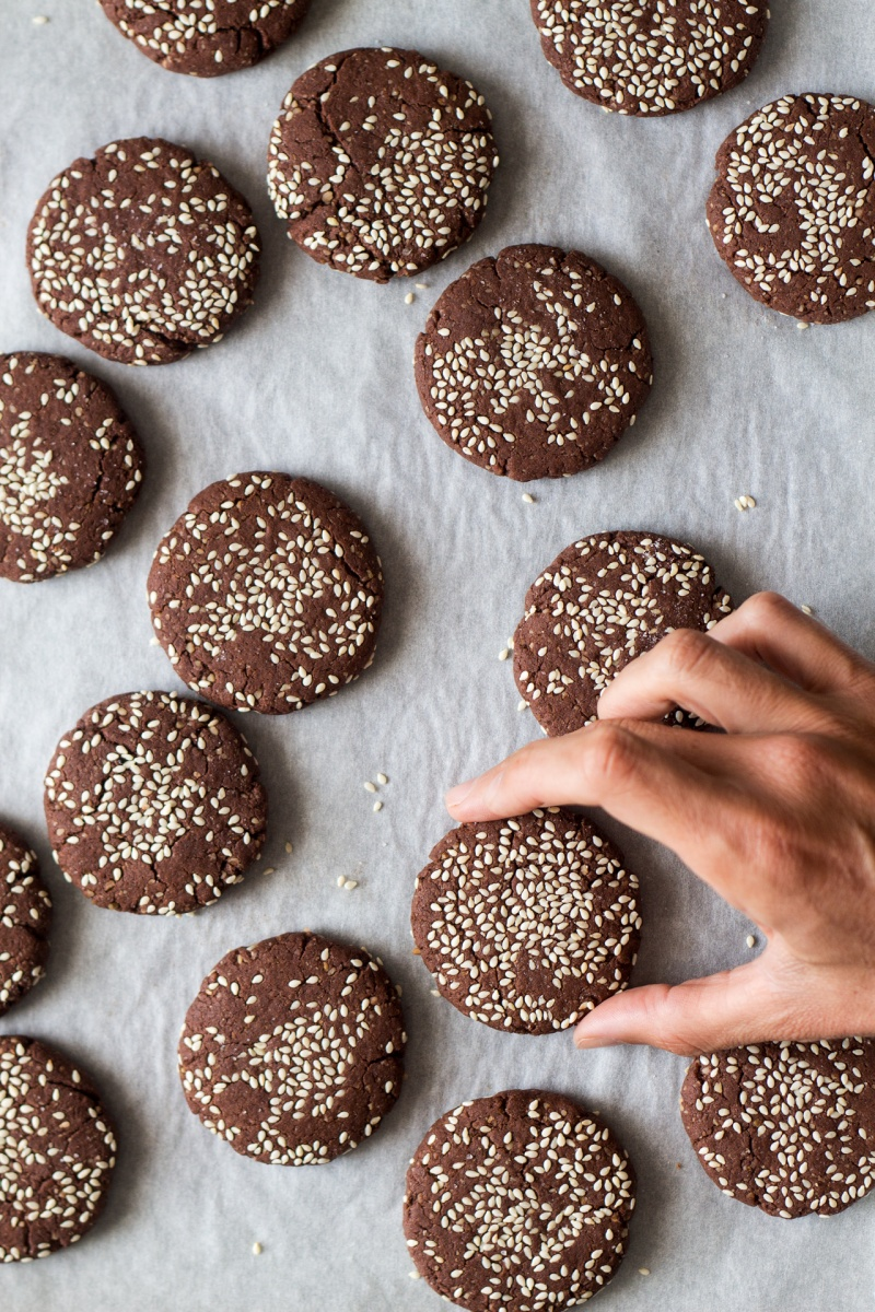 snatching chocolate tahini cookies