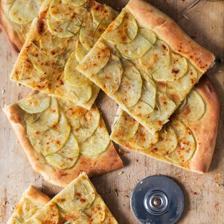 vegan potato pizza cut