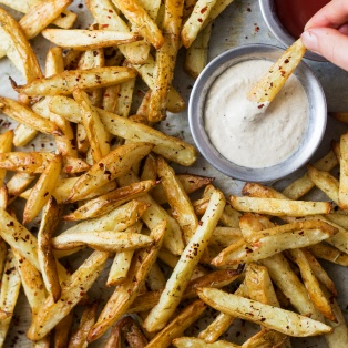 rosemary fries roasted garlic dip