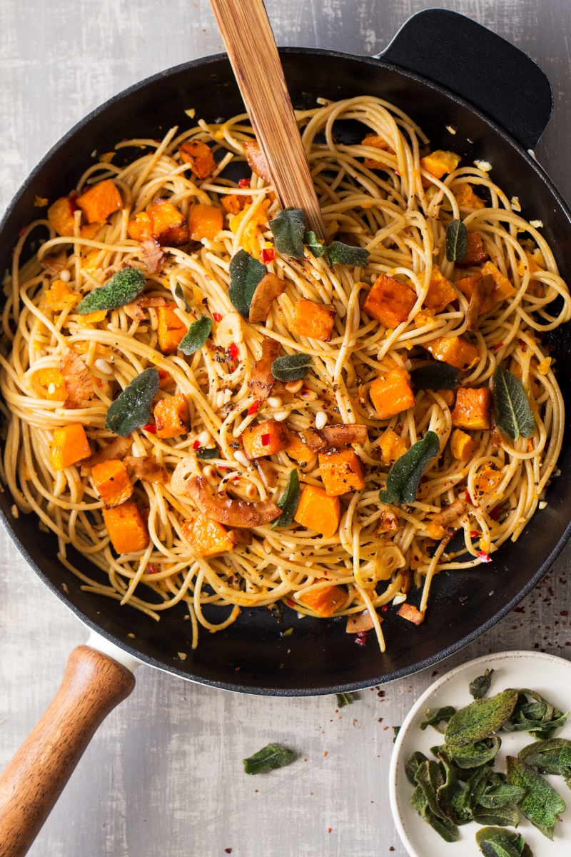 vegan pumpkin pasta top down