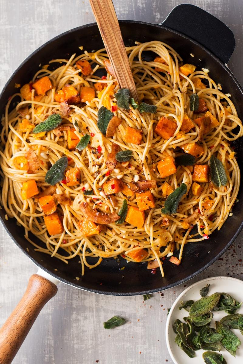 vegan pumpkin pasta top down