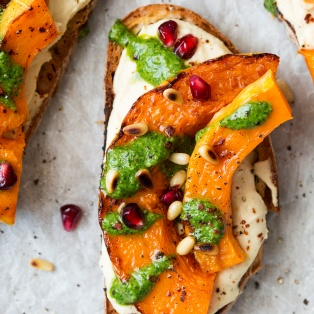 pumpkin crostini sandwich