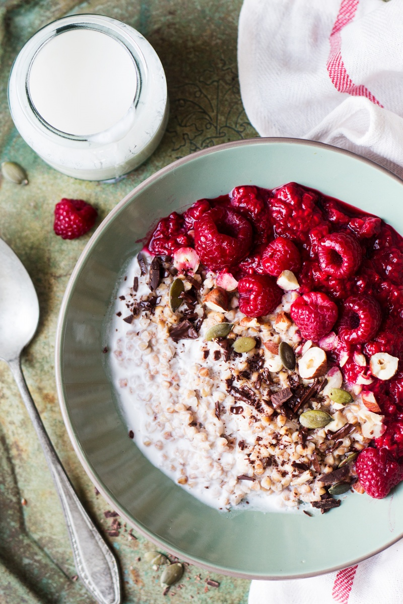 gluten free porridge with raspberries