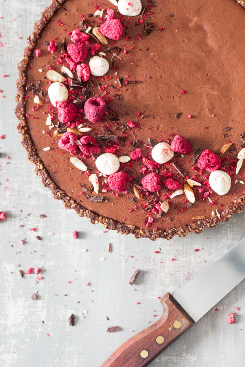 vegan chocolate mousse tart uncut