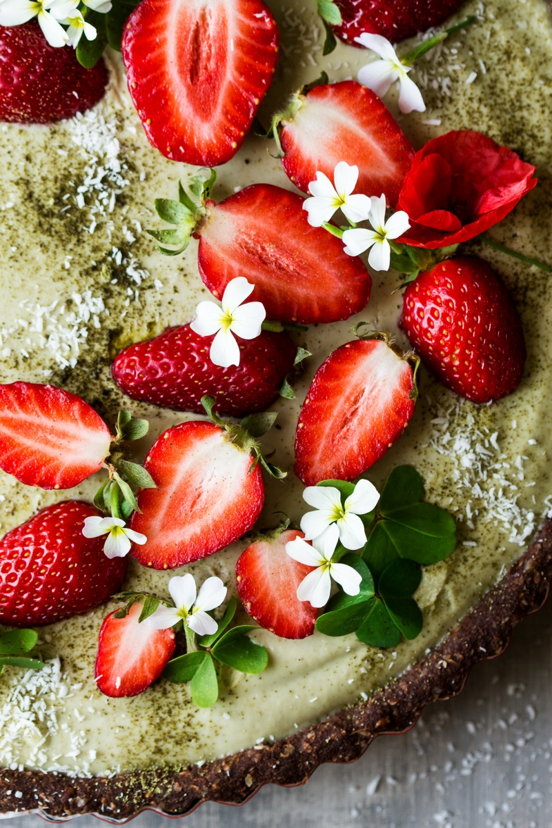 vegan matcha strawberry tart close up