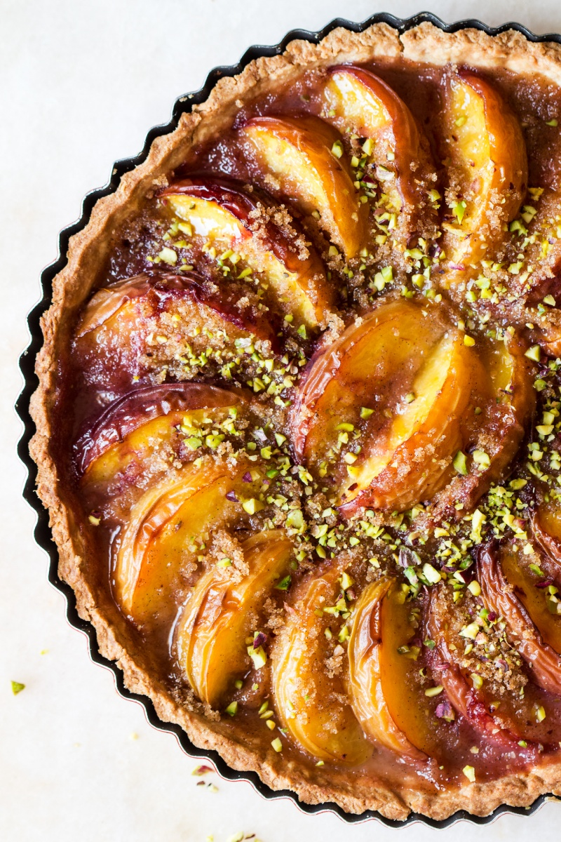 vegan peach tart close