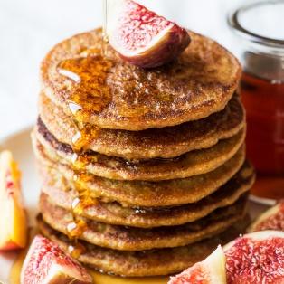 vegan quinoa pancakes portion