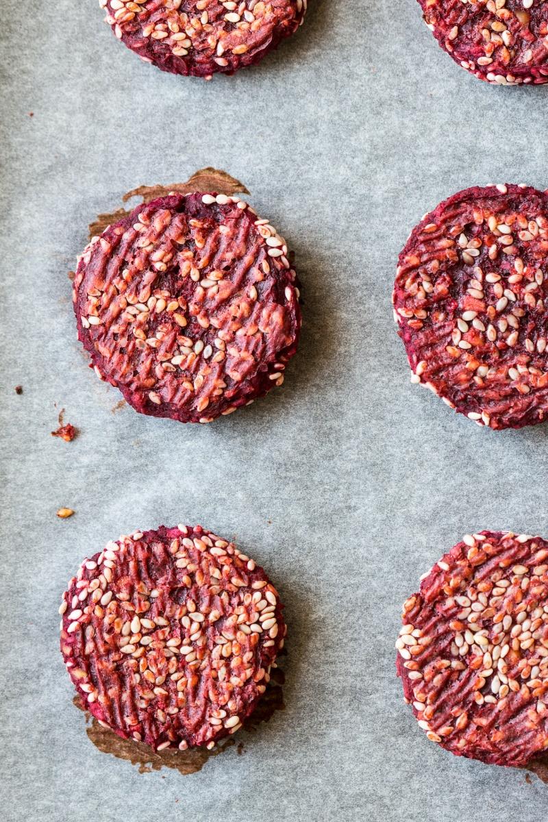 beetroot falafels baked