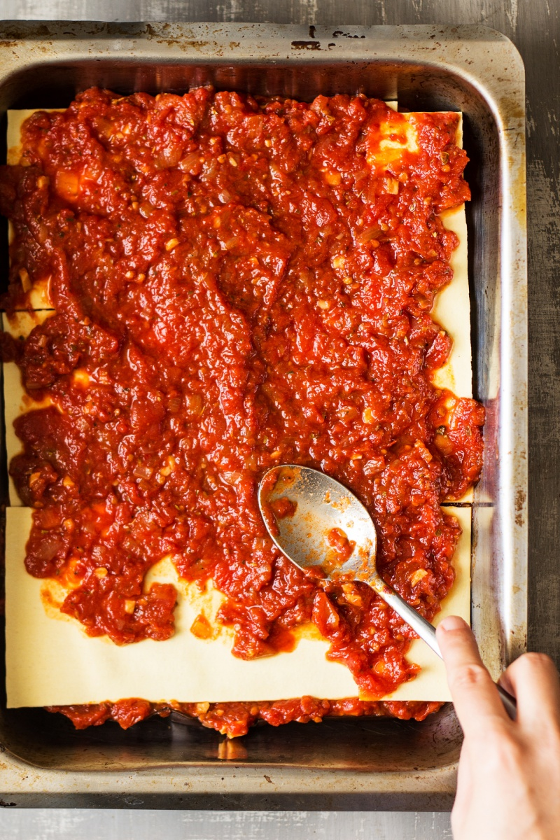 vegan lasagna assembly