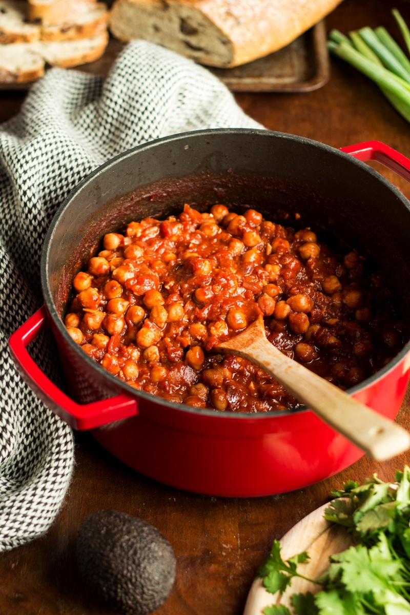 vegan chickpea stew lablabi