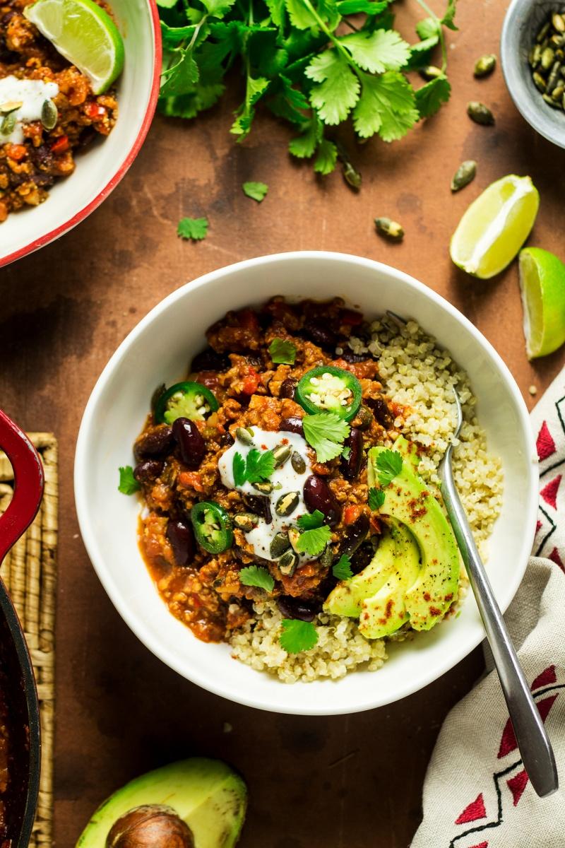 easy vegan chilli dinner