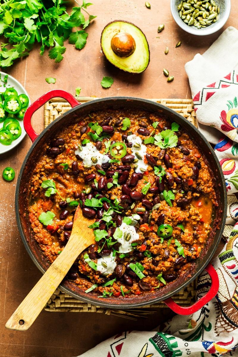 easy vegan chilli pan