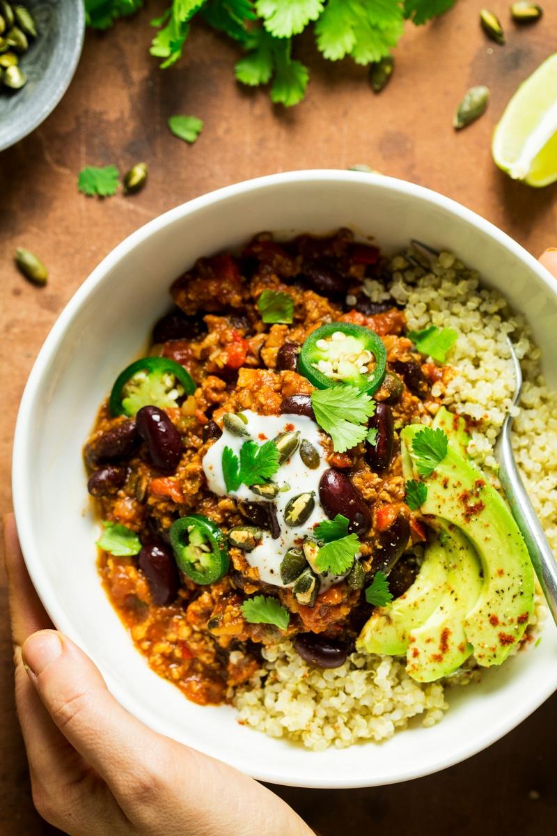 easy vegan chilli portion