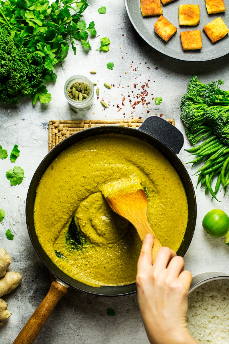 vegan tofu korma pan